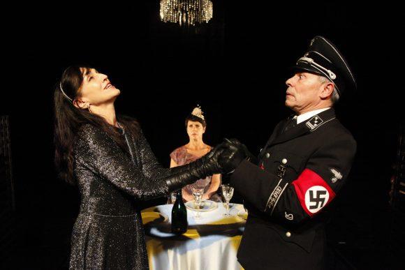 PRIMA DELLA PENSIONE ovvero Cospiratori @ Pontedera, Teatro Era | Pontedera | Toscana | Italia